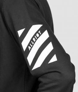 dosobey-zipped-hoodie-black-cool-streetwear-clothing-with-graphic-prints_e749a348-3a40-4018-b327-a76668cf5316