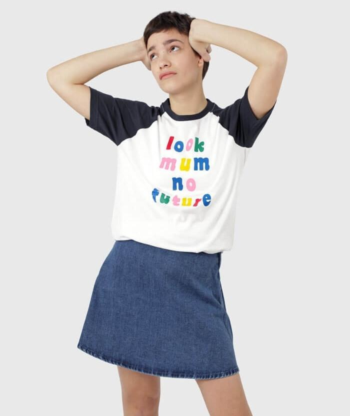 Look Mum No Future T-shirt retro style
