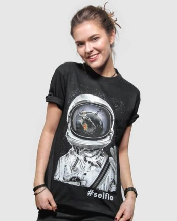 selfie cool graphic t-shirt