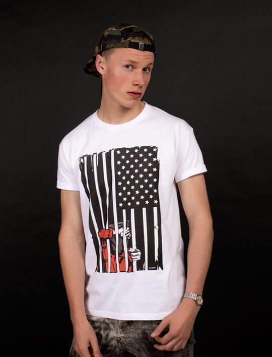 gunatanamo-bay-tee-shirt