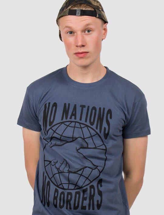 no-nations-no-borders-t-shirt-refugees-welcome
