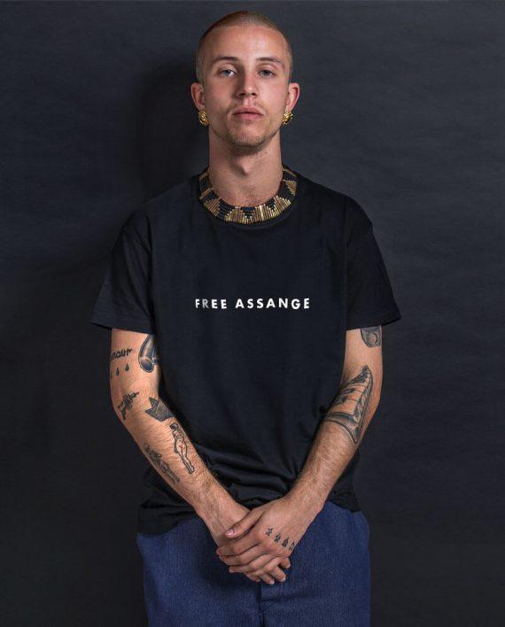 free-assange-t-shirt-press-freedom