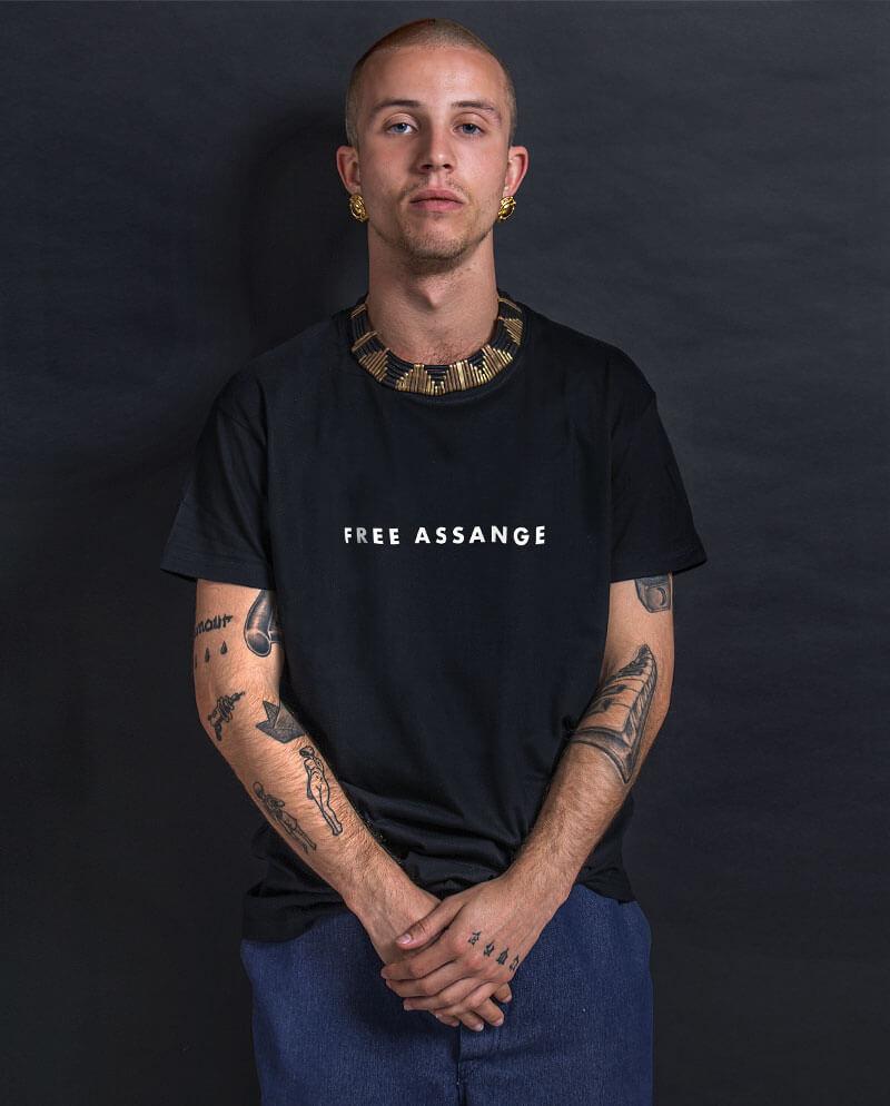 Free Assange press freedom T-shirt