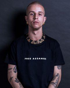 free-julian-assange-ts-hirt-black-simple